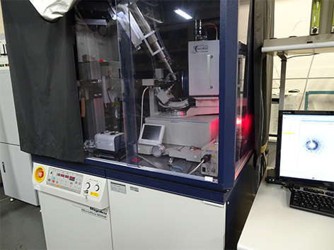 2波長CCD低温単結晶X線回折装置